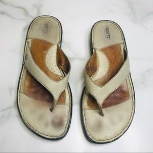 Born Comfort Leather Thong Cream Sandals